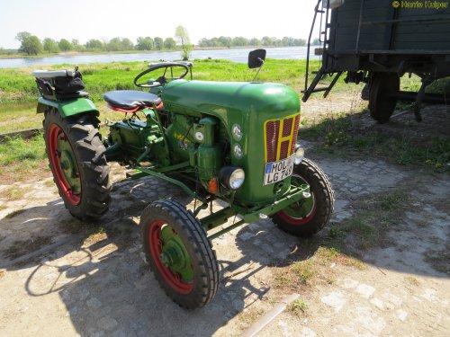 Holder B 10 van oldtimergek