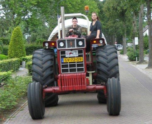 teamdag d`n aerdvruter. Geplaatst door inter1246 op 18-06-2011 om 13:29:19, op TractorFan.nl - de nummer 1 tractor foto website.