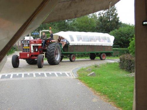 taemdag d`n aerdvruter. Geplaatst door inter1246 op 18-06-2011 om 13:29:20, op TractorFan.nl - de nummer 1 tractor foto website.