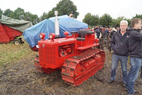 Foto van een International BTD 6. Geplaatst door jans-eising op 15-08-2017 om 21:01:49, op TractorFan.nl - de nummer 1 tractor foto website.