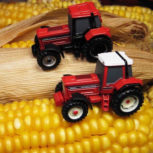 Even een profielfoto aangemaakt van 2 miniaturen Case IH. Geplaatst door A.H.S. op 17-02-2018 om 21:56:14, op TractorFan.nl - de nummer 1 tractor foto website.