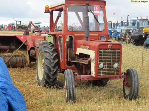 Foto van een International 434 , Great Dorset steam fair 2018. Geplaatst door oldtimergek op 01-07-2019 om 00:17:37, op TractorFan.nl - de nummer 1 tractor foto website.