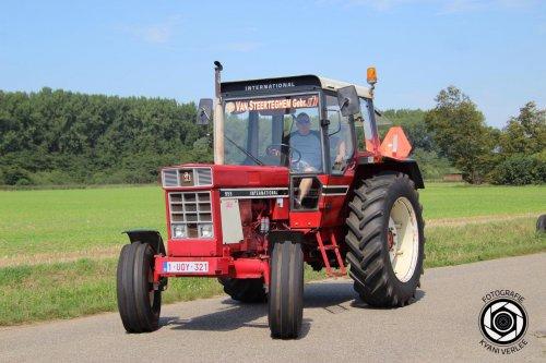 Foto van mijn favoriete tractor gemaakt door iemand die beter foto's kan maken dan ikzelf.dit was vorig weekend tijdens de rondrit in Verrebroek.