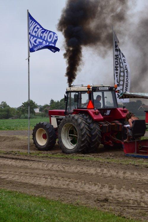 International 1055 van t6030power