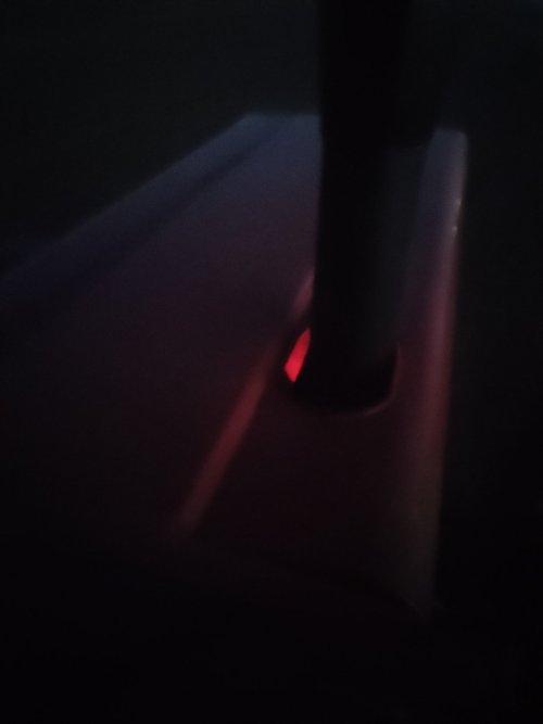 Druk bezig met rotorkopeggen.  In het donker zag ik wat roods, blijkbaar wordt de turbo warm.  Test goed geslaagd na reparatie. Trekt goed, alleen koeltechnisch houdt het niet al teveel over.