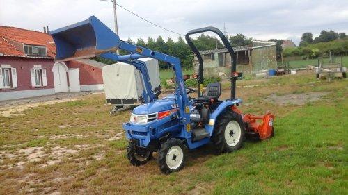 foto van mij iseki tm 3160 die te koop staat als je knteresse hebt laat het dqn weten .. Geplaatst door fordson dext op 11-07-2017 om 15:13:20, op TractorFan.nl - de nummer 1 tractor foto website.