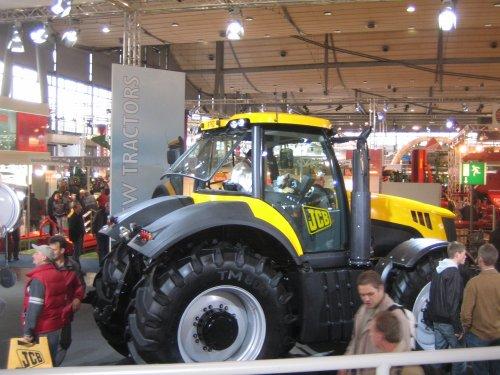 JCB Fastrac 7000-serie van Robert