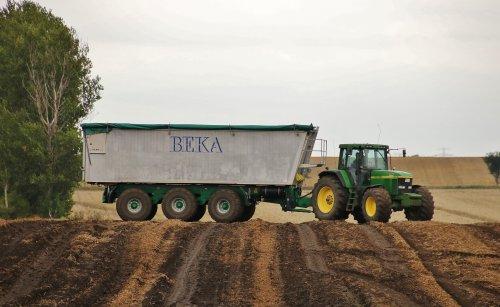 Een dikke combinatie voor het transport van de aardappels in de Duitse heuvels!. Geplaatst door ronaldclaas op 08-12-2016 om 17:18:45, met 4 reacties.
