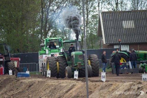Foto van een John Deere 4630. Geplaatst door johndeere4630 op 30-04-2017 om 19:07:50, op TractorFan.nl - de nummer 1 tractor foto website.