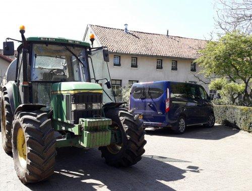 John Deere 6110. Geplaatst door RJMASTERNL02 op 13-06-2017 om 16:44:57, op TractorFan.nl - de nummer 1 tractor foto website.