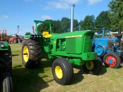 Foto van een John Deere 4620 Oldtimershow Losser. Die spatborden ????. Geplaatst door kramer op 18-06-2017 om 21:06:57, op TractorFan.nl - de nummer 1 tractor foto website.