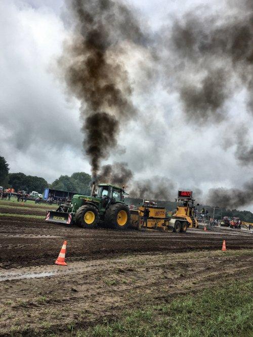 It's a tractorpulling thing  you wouldn't understand. Geplaatst door johndeerefendtfan op 12-07-2017 om 11:33:55, op TractorFan.nl - de nummer 1 tractor foto website.
