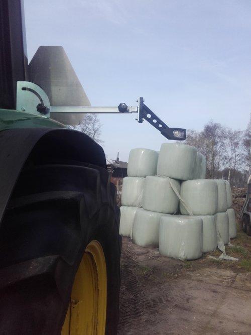 Foto van een John Deere Onderdelen breten lampjes opgebouwd. Geplaatst door johndeere6910forever op 07-04-2018 om 17:32:02, op TractorFan.nl - de nummer 1 tractor foto website.