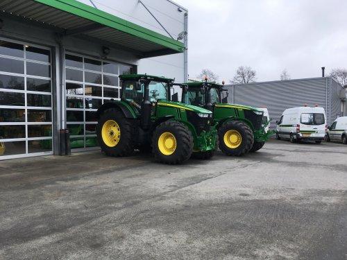 Twee maal 7310R!. Geplaatst door RobinBos op 08-04-2018 om 20:02:08, op TractorFan.nl - de nummer 1 tractor foto website.