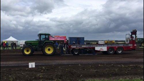 Foto van een John Deere 7800. In Schildwolde in de 7.5 ton dit jaar. 3e plek.. Geplaatst door mdoornekamp op 28-06-2018 om 08:58:14, met 6 reacties.