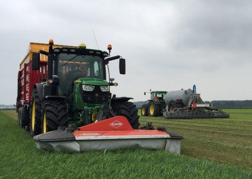 John Deere 6130R van LandbouwLeistra
