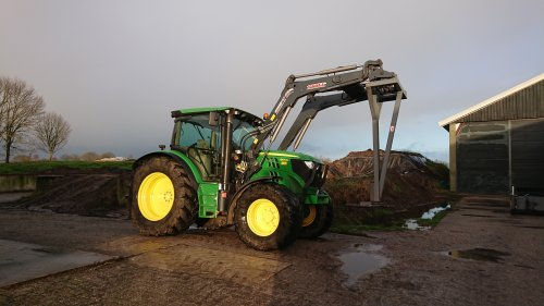 John Deere 6105R van ford8630power