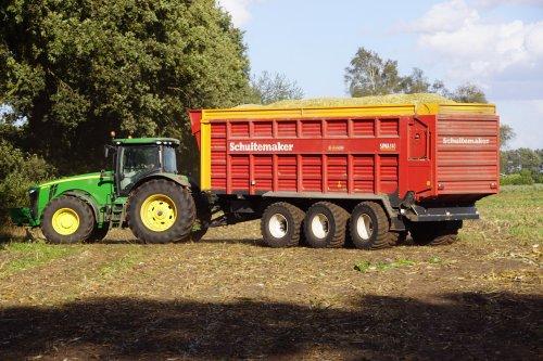 Foto van een John Deere 8335R. Geplaatst door jans-eising op 07-02-2019 om 19:53:48, op TractorFan.nl - de nummer 1 tractor foto website.