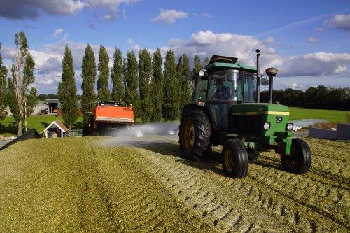 Foto van een John Deere 2850. Geplaatst door jans-eising op 12-02-2019 om 19:34:51, op TractorFan.nl - de nummer 1 tractor foto website.