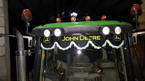 Foto van een John Deere Interieur. Geplaatst door JD 6110 op 27-02-2019 om 20:49:03, met 11 reacties.