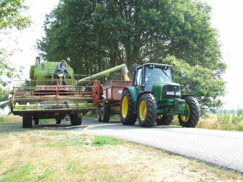 Foto van een John Deere 6320. Geplaatst door zwiepi op 05-03-2019 om 22:15:02, op TractorFan.nl - de nummer 1 tractor foto website.