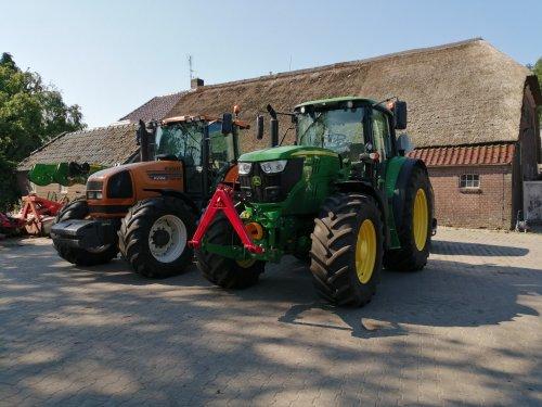 Foto van een John Deere 6145M en renault ares 735rz. Geplaatst door Rickwagter op 02-07-2019 om 16:56:58, op TractorFan.nl - de nummer 1 tractor foto website.