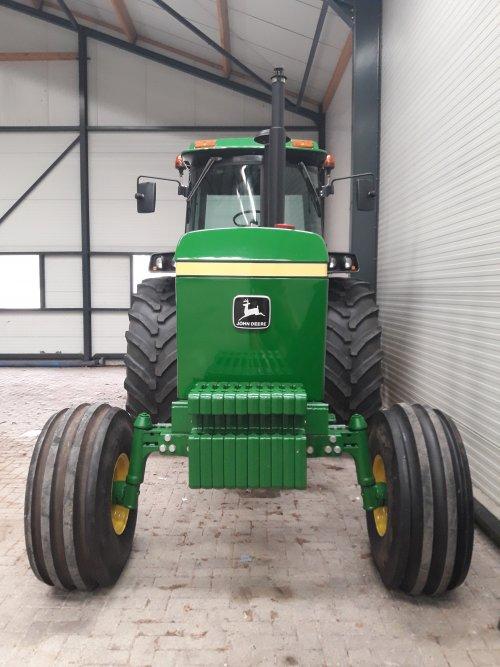 Foto van een John Deere 4640. Geplaatst door IronHorse4640 op 15-07-2019 om 21:59:43, op TractorFan.nl - de nummer 1 tractor foto website.