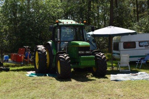 Foto van een John Deere 6506. Geplaatst door jordi 1455 op 17-07-2019 om 19:13:39, op TractorFan.nl - de nummer 1 tractor foto website.