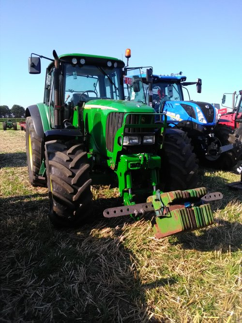 Gister 10e van de 30 in de 7,5 ton landbouwklasse met de 6920s trok niet slecht!. Geplaatst door eicher4048driver op 25-08-2019 om 14:07:11, op TractorFan.nl - de nummer 1 tractor foto website.