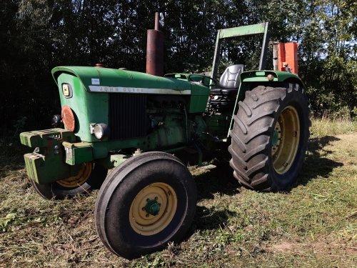 Foto van een John Deere 2030. Geplaatst door jim353 op 15-09-2019 om 10:53:03, op TractorFan.nl - de nummer 1 tractor foto website.