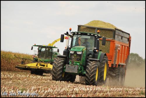 Monnier - Mont-de-l'Enclus.. Geplaatst door Lille Jens op 19-09-2019 om 09:44:55, op TractorFan.nl - de nummer 1 tractor foto website.