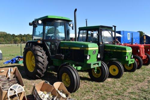 Foto van een John Deere 2650. Geplaatst door jordi 1455 op 02-10-2019 om 19:40:32, op TractorFan.nl - de nummer 1 tractor foto website.