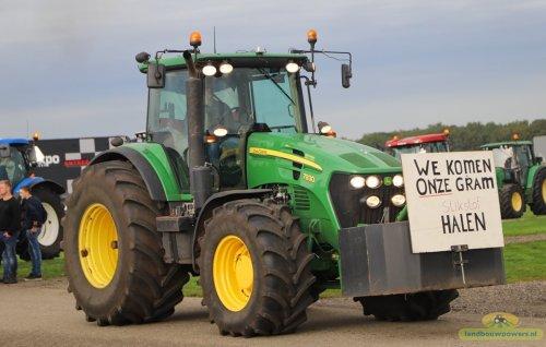 Foto van een John Deere 7930 Bij Boeren Protest Assen  Foto Landbouwpower. Geplaatst door thomas-hepping op 15-10-2019 om 12:58:31, op TractorFan.nl - de nummer 1 tractor foto website.