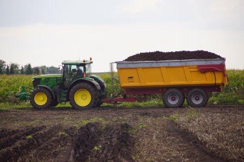 Foto van een John Deere 6170R. Geplaatst door jans-eising op 01-12-2019 om 16:41:14, op TractorFan.nl - de nummer 1 tractor foto website.