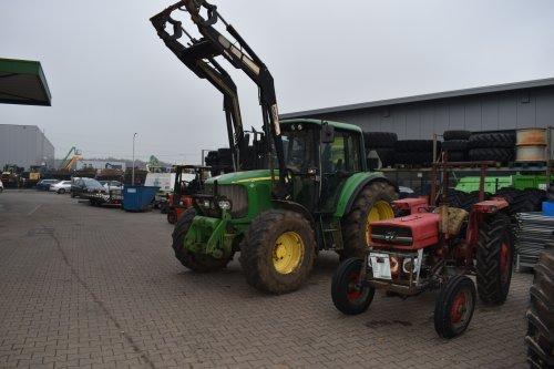 Foto van een John Deere 6320. Geplaatst door jordi 1455 op 20-12-2019 om 23:54:18, op TractorFan.nl - de nummer 1 tractor foto website.