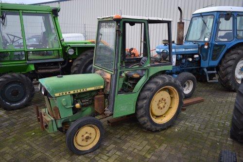 Foto van een John Deere 1020. Geplaatst door Lucas Ensing op 30-12-2019 om 12:01:54, op TractorFan.nl - de nummer 1 tractor foto website.