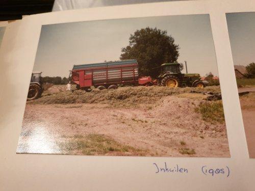 Foto van een John Deere 1640. Uit de oude doos. Geplaatst door JD 6110 op 08-01-2020 om 19:39:52, op TractorFan.nl - de nummer 1 tractor foto website.