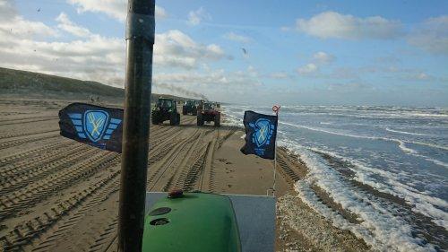 Strand bij Katwijk aan Zee. Geplaatst door wouter3050 op 20-02-2020 om 19:25:29, op TractorFan.nl - de nummer 1 tractor foto website.