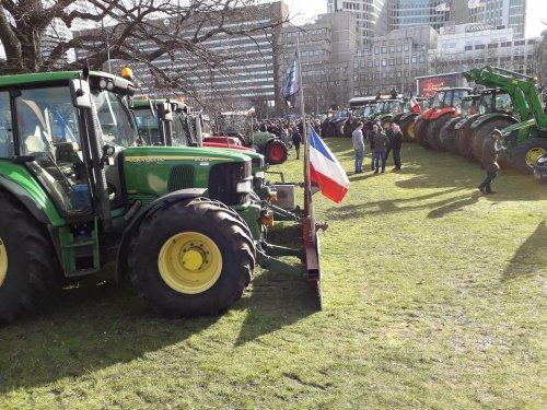 Foto van een John Deere 6420 S  Boerenprotest, 19 februari Koekamp Den Haag.. Geplaatst door Jotke op 25-02-2020 om 22:30:01, met 4 reacties.
