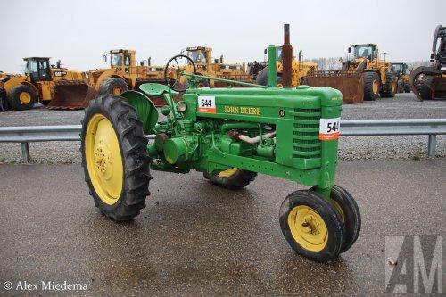 Foto van een John Deere B. Geplaatst door Alex Miedema op 07-03-2020 om 12:57:41, op TractorFan.nl - de nummer 1 tractor foto website.