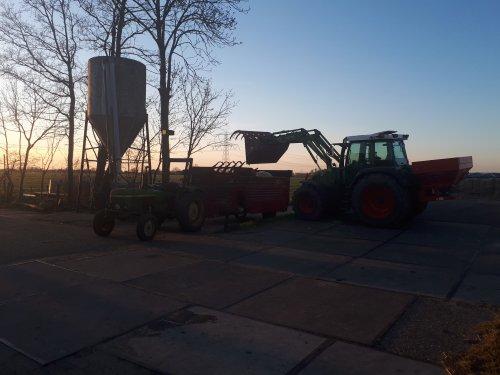 Foto van een John Deere 1030. Geplaatst door fendtfarmer412 op 23-03-2020 om 18:41:07, op TractorFan.nl - de nummer 1 tractor foto website.