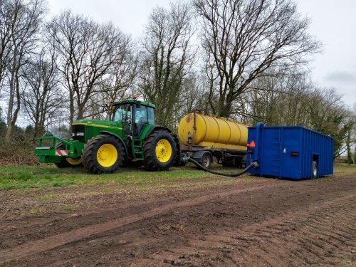 Foto van een John Deere 7710. Geplaatst door FearTheDeere op 23-03-2020 om 21:37:02, op TractorFan.nl - de nummer 1 tractor foto website.