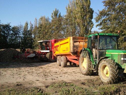 Bieten rooien met 6310, rooier laat gelijk zelf op de hoop ;). Geplaatst door Ronald88 op 24-10-2011 om 18:48:18, op TractorFan.nl - de nummer 1 tractor foto website.