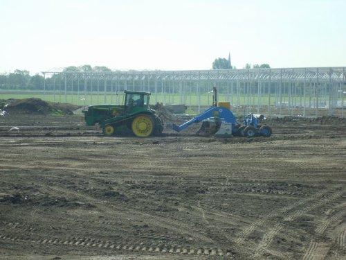 Foto van een John Deere 8410 T.. Geplaatst door Vondiep op 06-11-2011 om 13:00:39, op TractorFan.nl - de nummer 1 tractor foto website.