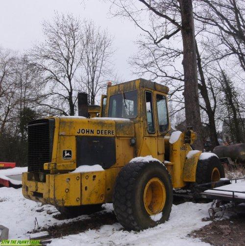 Foto van een John Deere 644 C, bezig met poseren.. Geplaatst door StijnTheDeereDriver op 25-01-2013 om 19:20:07, met 16 reacties.