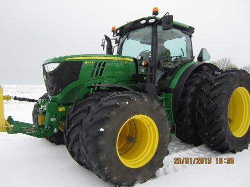 Foto van een John Deere 6170R, bezig met tractorpulling.. Geplaatst door merijn4755 op 26-01-2013 om 16:35:44, met 7 reacties.