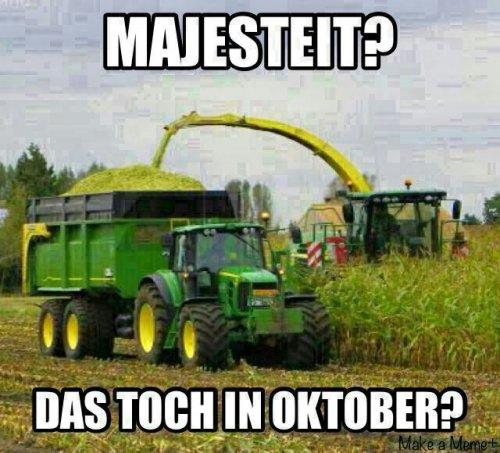 Foto van een John Deere Humor, bezig met maïs hakselen. Juist :D. Geplaatst door tone29 op 01-02-2013 om 13:11:40, met 36 reacties.