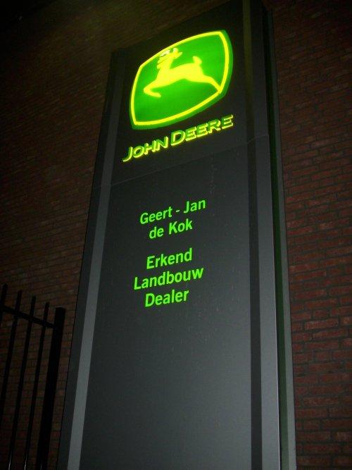 John Deere Logo van JD6930