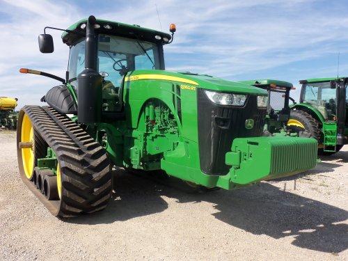 From London,Ohio is this John Deere 8360RT, bezig met poseren.. Geplaatst door marion5900 op 10-11-2013 om 04:44:00, op TractorFan.nl - de nummer 1 tractor foto website.