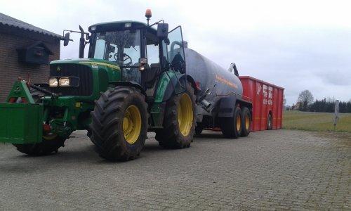Foto van een John Deere 6320 SE. Geplaatst door Robin Gussinklo op 20-03-2016 om 14:12:18, op TractorFan.nl - de nummer 1 tractor foto website.